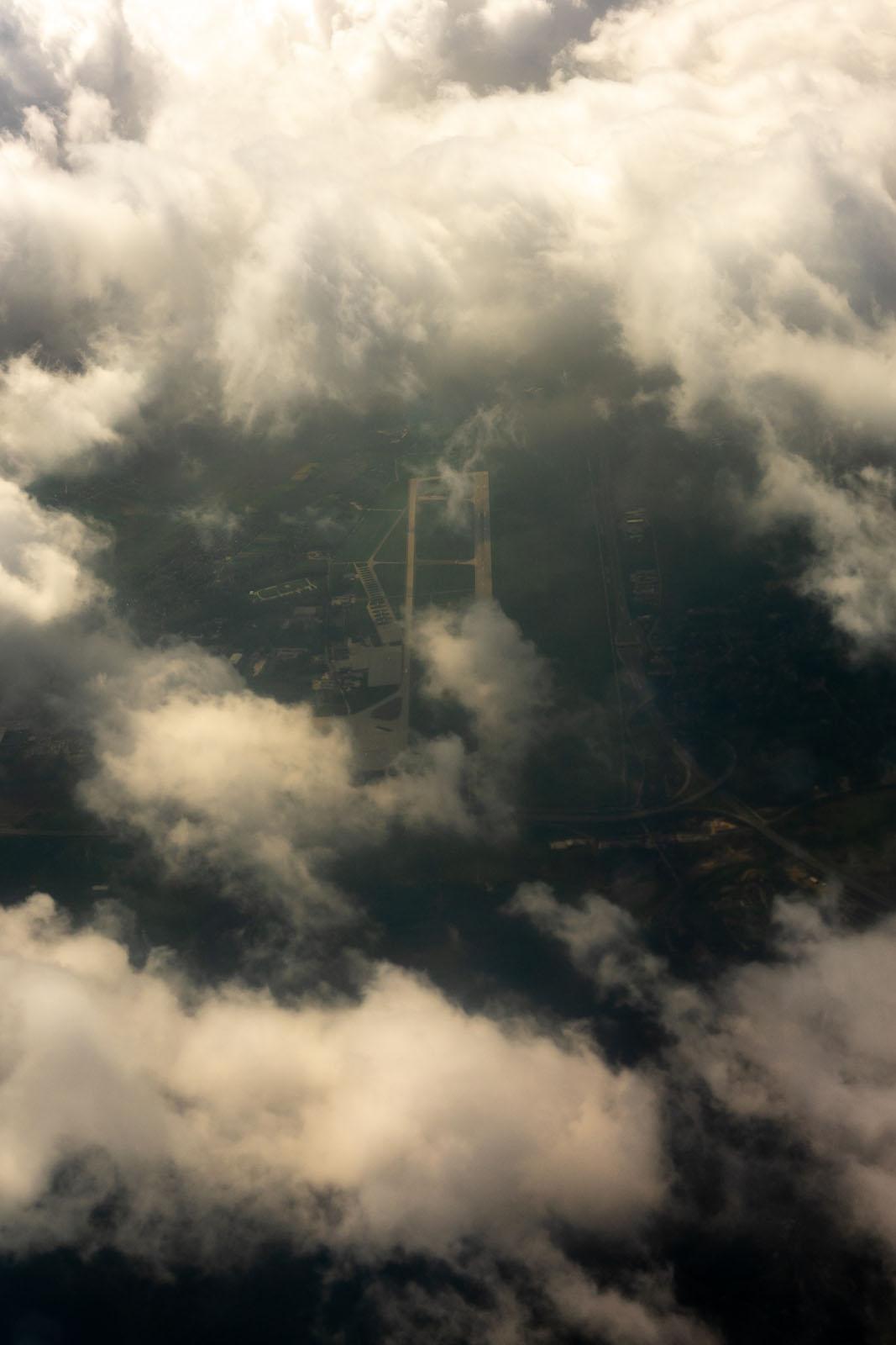 Lotnisko w Balicach z samolotu